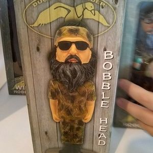 """Duck dynasty Other - Duck Dynasty 5 Bobble Head Lot 6"""" tall new in box"""